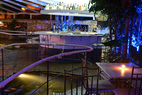 La-Fontana-bar